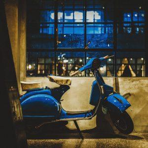 TM1467 automotive scooters classic blue