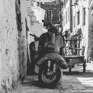 TM1485 automotive scooters old street mono