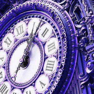 TM2660 paris guilt clock face blue