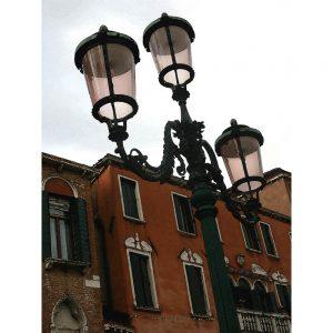 TM2716 venice street lamps